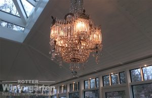 Wintergarten Holz Alu Luxus Lampen stilvoll